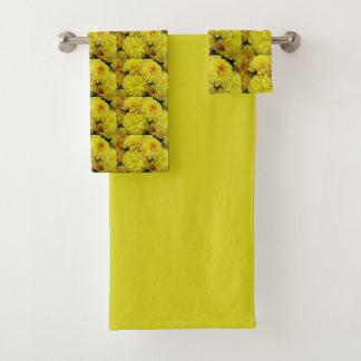Yellow Chrysanthemums Floral Bath Towel Set