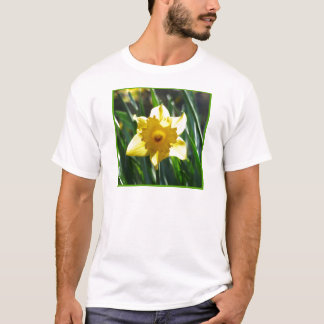Yellow Daffodil 03.0.g T-Shirt