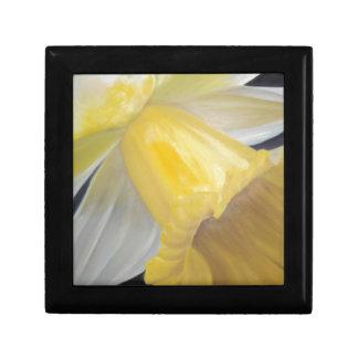 Yellow Daffodil Gift Box