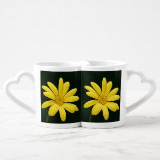 Yellow Daisy flower Couple Mugs