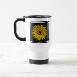 Yellow Daisy Plastic Travel Mug