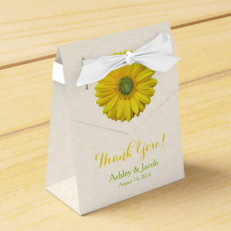 Yellow Gerbera Daisy White Lace Wedding Thank You Favour Box