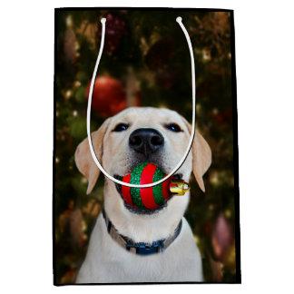 Yellow lab Christmas ball Medium Gift Bag