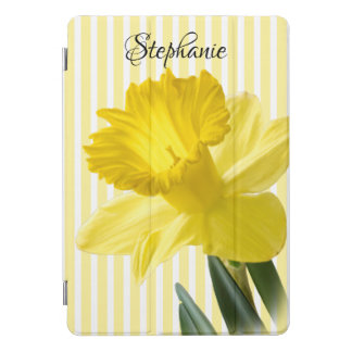 Yellow Spring Daffodil Closeup Floral Photography iPad Pro Cover