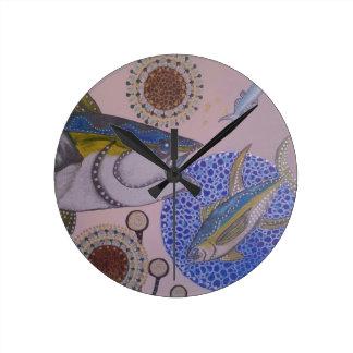 Yellowfin tuna round clock