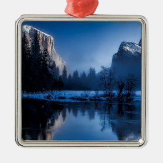 yellowstone-national-park Silver-Colored square decoration