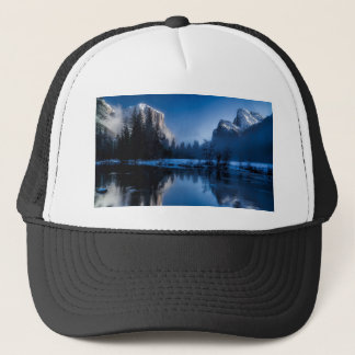 yellowstone-national-park trucker hat