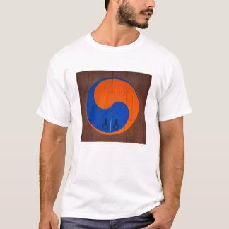 Yin and Yang symbol, South Korea T-Shirt