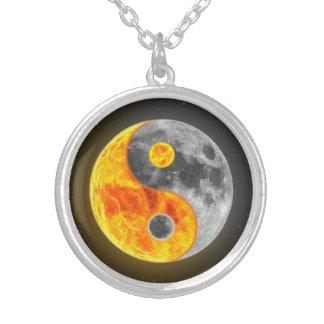 Ying-Yang Round Pendant Necklace