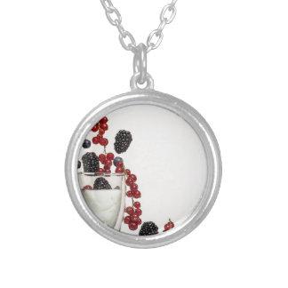 yogurt fresh berries silver plated necklace