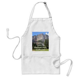 Yosemite national park, California Standard Apron