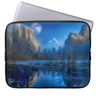 Yosemite national park moonlit night laptop sleeve
