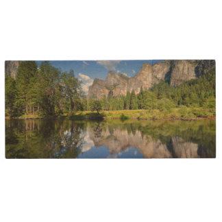 Yosemite Reflection Wood USB 2.0 Flash Drive