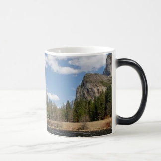 Yosemite Valley - Black 11 oz Morphing Mug