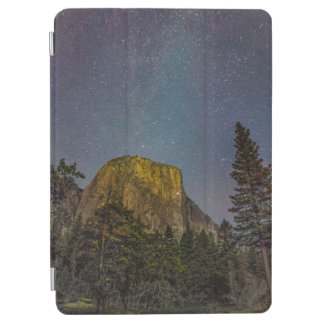 Yosemite Valley El Capitan night sky iPad Air Cover