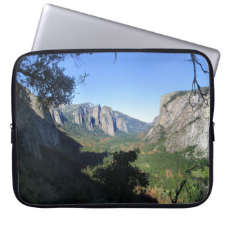 Yosemite Valley from Four Mile Trail - Yosemite Laptop Sleeve