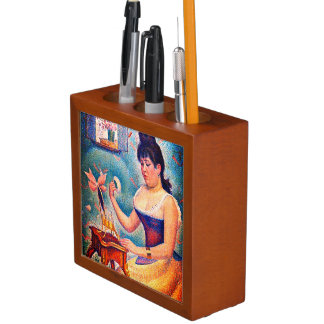 Young Woman Powdering Herself Desk Organiser