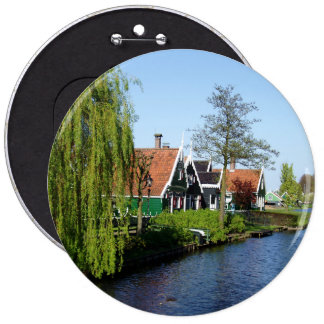 Zaanse Schans Dutch timber houses in green and red 6 Cm Round Badge