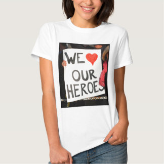 ZAZ366 We LOVE our Heroes T-shirt
