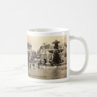 ZHR0034 Vintage 1905 La Place de la Concorde et la Coffee Mugs