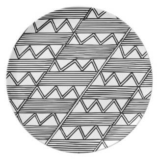 Zig Zag Pattern Party Plate