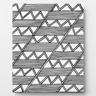 Zig Zag Pattern Plaque