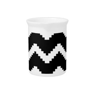 Zigzag geometric pattern - black and white. pitcher