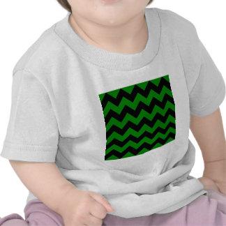 Zigzag I - Black and Green Tshirt